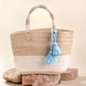 NEW Altru Straw Tote Bag With flip flops
